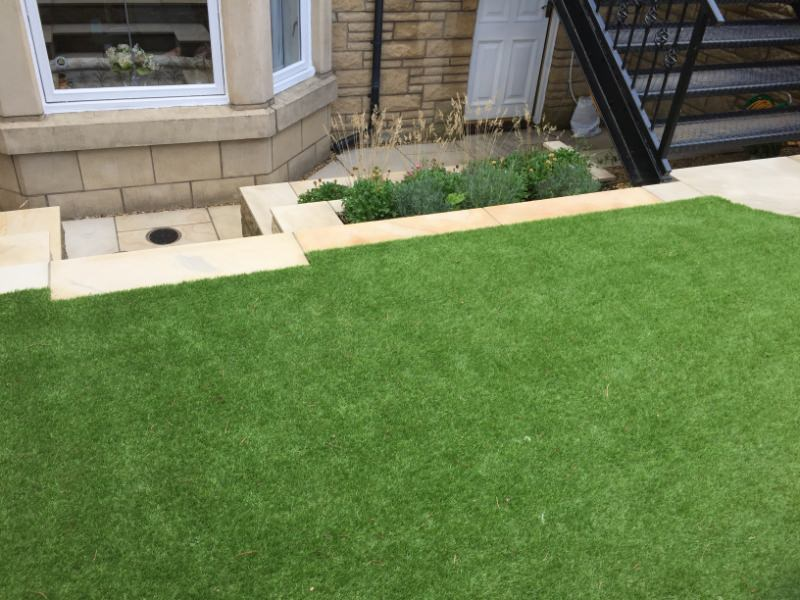 New lawn and steps in Edinburgh garden design example